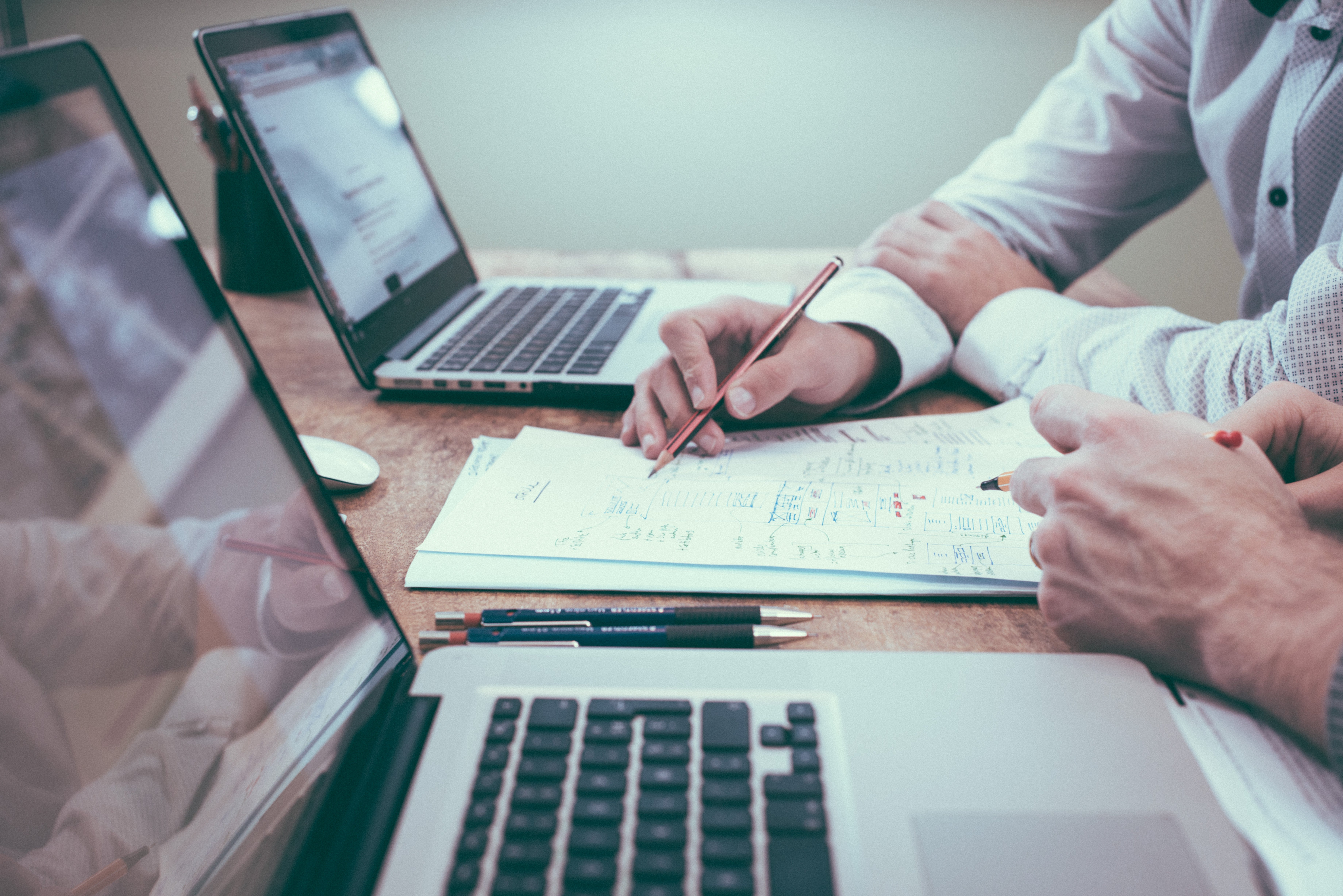 ¿Qué debo saber acerca del proceso de calificación con el Estado y cómo puedo preparar a mi negocio?